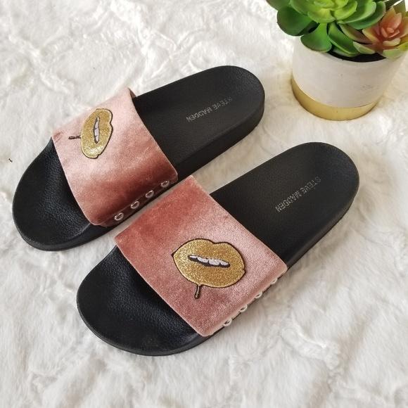 f549b87c2c2 Steve Madden Women's Patches Flat Slides - Size 9B
